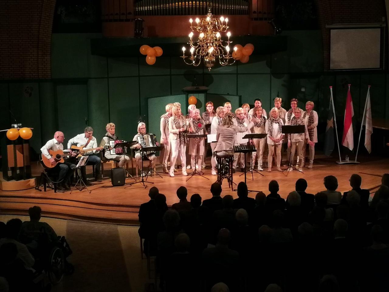 Bevrijdingsfestival 2019 - Dameskoor Ontroerend Goed (Oldenzaal0